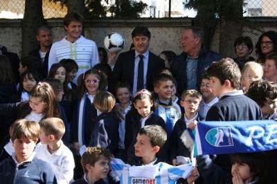 Zeman in visita alla scuola di Pescara