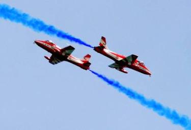 Aerei_AcrobaticiR375.jpg