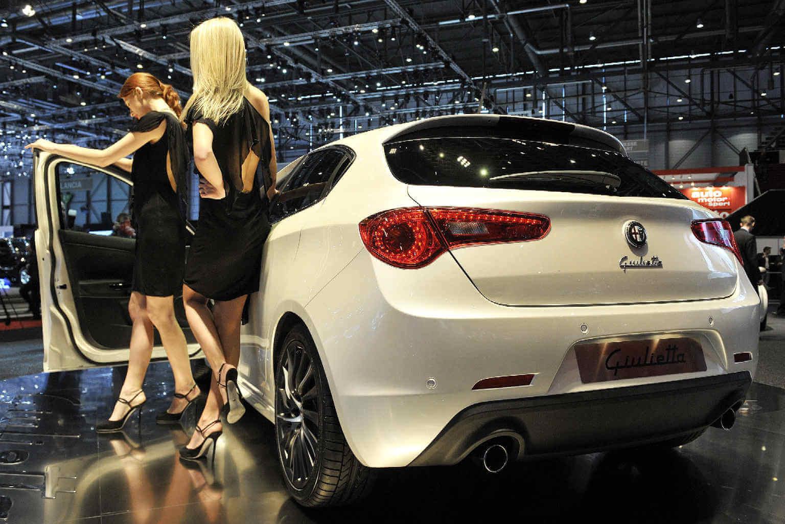 Alfa_Romeo_Giulietta_1.jpg