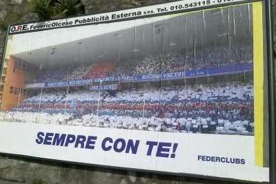 manifesto apparso a Bogliasco (foto Ansa)