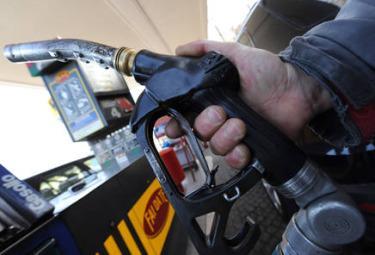 Benzina_Pompa_GasolioR375.jpg
