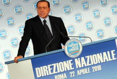 Berlusconi_direzione_PdlR375.jpg