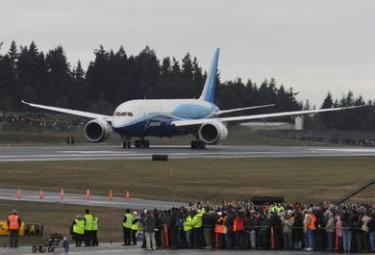 Boeing_787_DreamlinerR375.jpg
