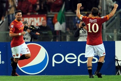 Marco Borriello e Francesco Totti esultano (foto Ansa)
