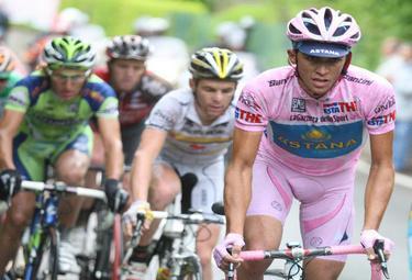 Contador sospeso per doping (Foto Ansa)