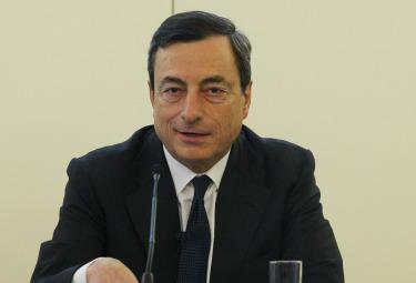 Draghi_SorrisoR375.jpg