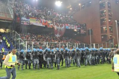 SCONTRI ITALIA SERBIA/ Flop sicurezza o evento imprevedibile? Eppure Ivan Bogdanov aveva cesoie e bengala