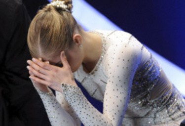 Carolina Kostner disperata (Foto Ansa)