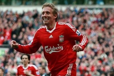 Lucas Pezzini Leiva con la maglia del Liverpool (foto Ansa)