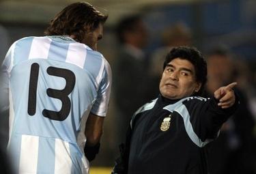 Maradona_R375_10set09.jpg