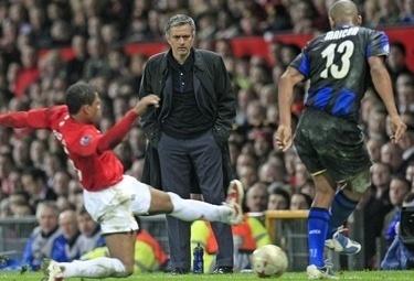 Mourinho_man-int_13mar09_phixr.jpg