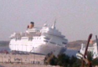 Nave_Sharm_El_Sheikh_ScontroR375.jpg