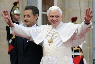 Ratzinger_sarkòR375_12set08.jpg