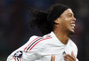 Ronaldinho_R375_7nov08.jpg