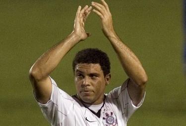 Ronaldo con la maglia del Corinthians, l'ultima della sua carriera