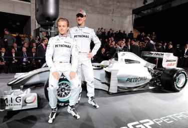 Schumacher_MercedesGPR375.jpg