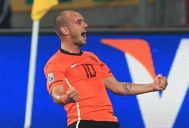 Sneijder_ola_R375_2lug10.jpg