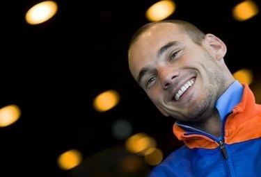 Sneijder_ola_r375-24ago09.jpg