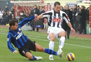 Stankovic_tackle_R375_8nov08.jpg
