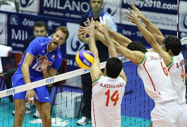 MONDIALI VOLLEY/ Italia spettacolo: supera gli Usa e vede la semifinale. Video e highlights