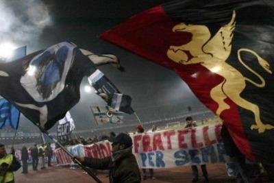 gemellaggio Napoli-Genoa (foto Ansa)