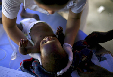 DIARIO HAITI/ Una mamma a Fiammetta: sei la persona che fa più compagnia a me e al mio bimbo