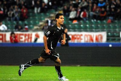 Hernanes oggi in gol (Foto Ansa)