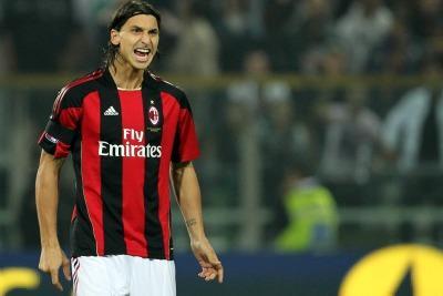 Ibrahimovic con la maglia del Milan (Foto Ansa)