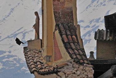 Un'immagine del terremoto (Foto: ANSA)