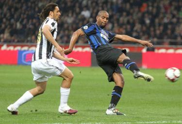 Maicon, terzino Inter (Foto Ansa)