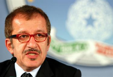 Il ministro Roberto Maroni