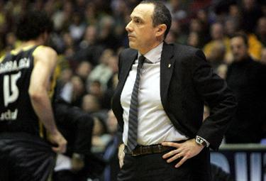 Ettore Messina coach del Real (Foto Ansa)