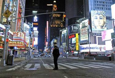 new_york_bomb_R375.jpg