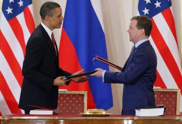 obama_medvedev_trattatoR375.jpg
