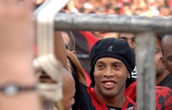 Ronaldinho ora al Flamengo
