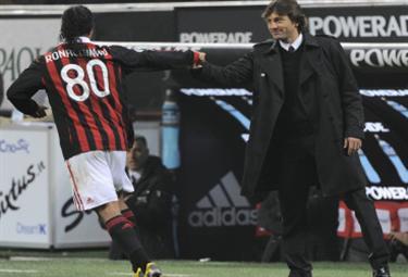 Foto: Ronaldinho e Leonardo (Ansa)