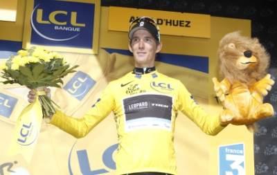 Andy Schleck maglia gialla (Foto Ansa)