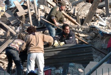 terremoto_soccorsiR375.jpg