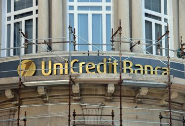 unicredit_ristrutt_R375.jpg
