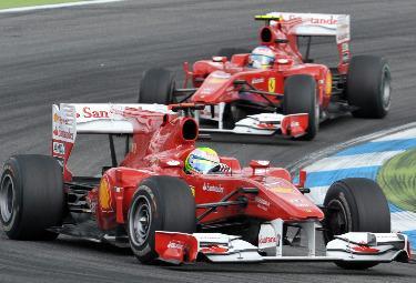 Massa_Alonso_HockenheimR375.jpg