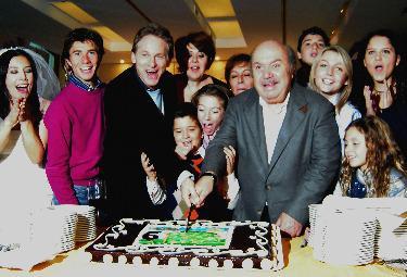 Il cast di Un medico in famiglia 6 (Foto Ansa)