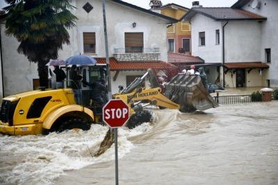 Veneto_Alluvione_RuspaR400.jpg