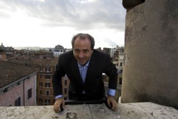FIDUCIA AL GOVERNO / Video, l'intervento alla Camera di Antonio Di Pietro