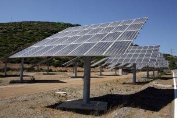 fotovoltaicoR400.jpg