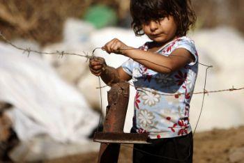 Bambina palestinese nella Striscia di Gaza