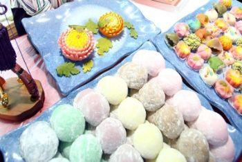 Alcuni mochi, dolci tipici giapponesi