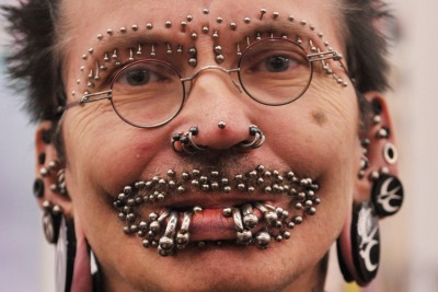 piercing-r400.jpg