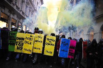 SCIOPERO / Scontri studenti-polizia in piazza Fontana