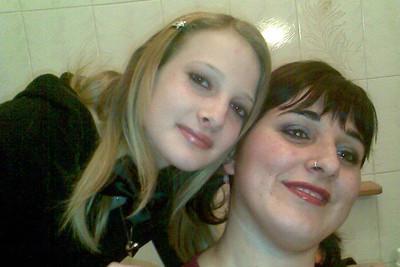 Sarah Scazzi e Sabrina Misseri (Foto Ansa)
