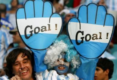 Un giovane tifoso dell'Argentina (Foto Ansa)